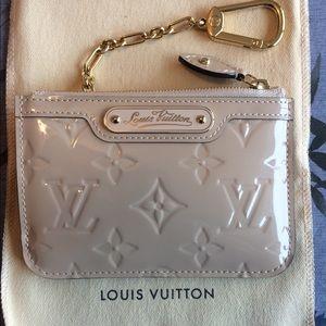 LOUIS VUITTON Monogram Vernis Pochette Cles